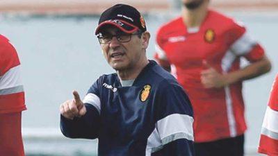 Ejercicio Entrenamiento de Fútbol. Fernando Vázquez entrenador de SD Compostela, RCD Mallorca y Deportivo de La Coruña