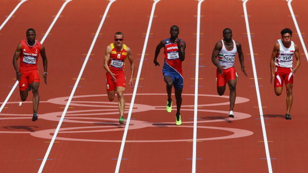 Carrera Atletismo 100 m lisos.