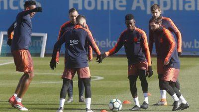 Rondo FC Barcelona. Ejercicio de entrenamiento de fútbol.
